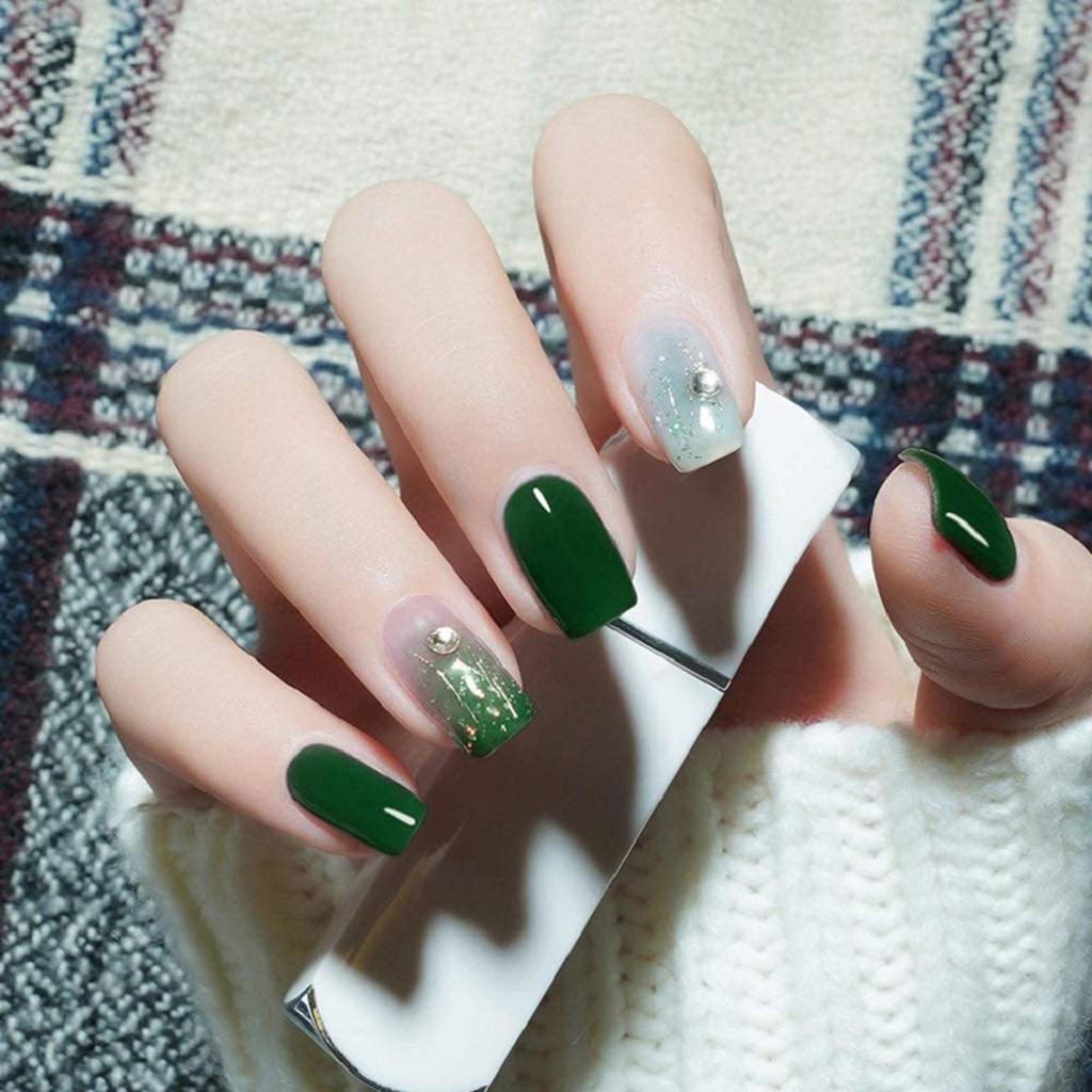 Fall nail design with Green gel nail polish
